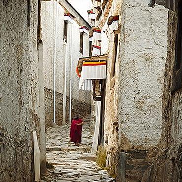 Lhasa, Gyangtse, Shigatse, Dingri Mt. Everest 7N8D Tour