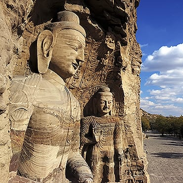 Datong – Yungang Grottoes & Huayan Monastery Day Tour