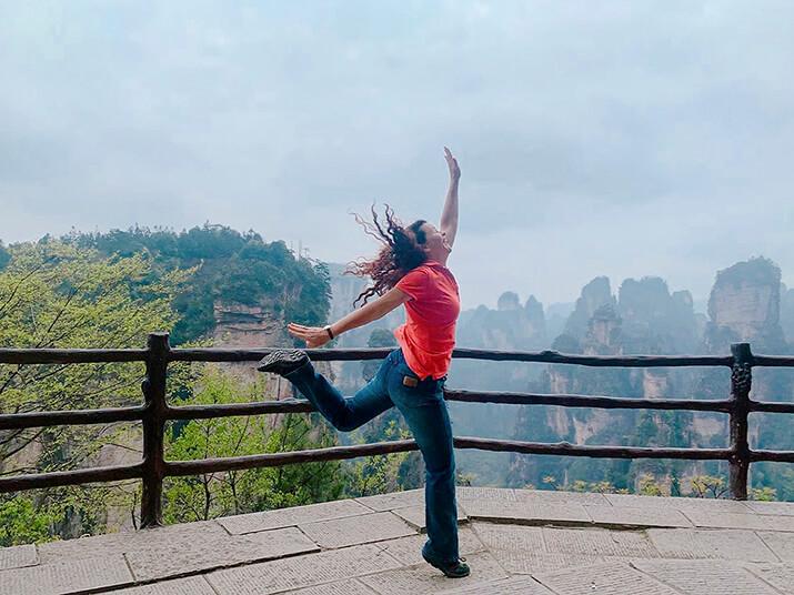 8 April 02 19 Girl Friends Zhangjiajie 4
