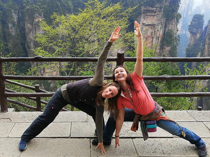 8 April 02 19 Girl Friends Zhangjiajie 7